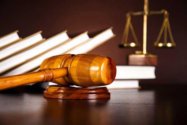 Judge's Hammer - best traffic ticket attorney in springfield